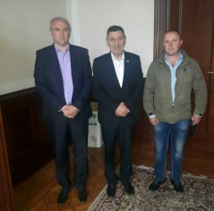 19 April 2017 Prof. Dr Stojmirovic and the delegation of the Municipality of Crna Trava