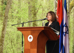 15 April 2018  The National Assembly Speaker at the commemoration at Donja Gradina memorial grounds