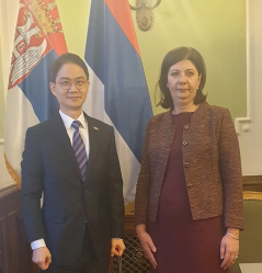 6 March 2019 The Head of the Parliamentary Friendship Group with the Republic of Korea and the newly-appointed Ambassador