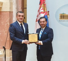 24 June 2019 Marinkovic receives Azerbaijan Institute for Democracy and Human Rights award